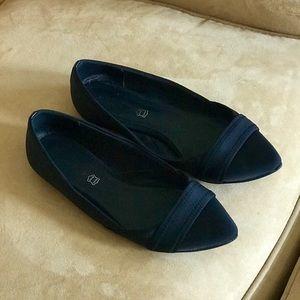 Aldo Shoes - 🥿 FINALPRICEDROP!ALDO Black Pointy Neoprene Flats